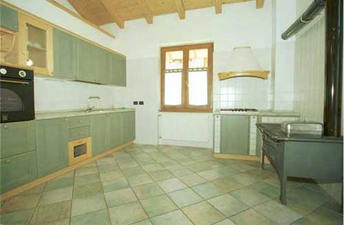 Appartamenti agriturismo trentino agritur sottoilmelo for Cucinare con 2 euro al giorno pdf